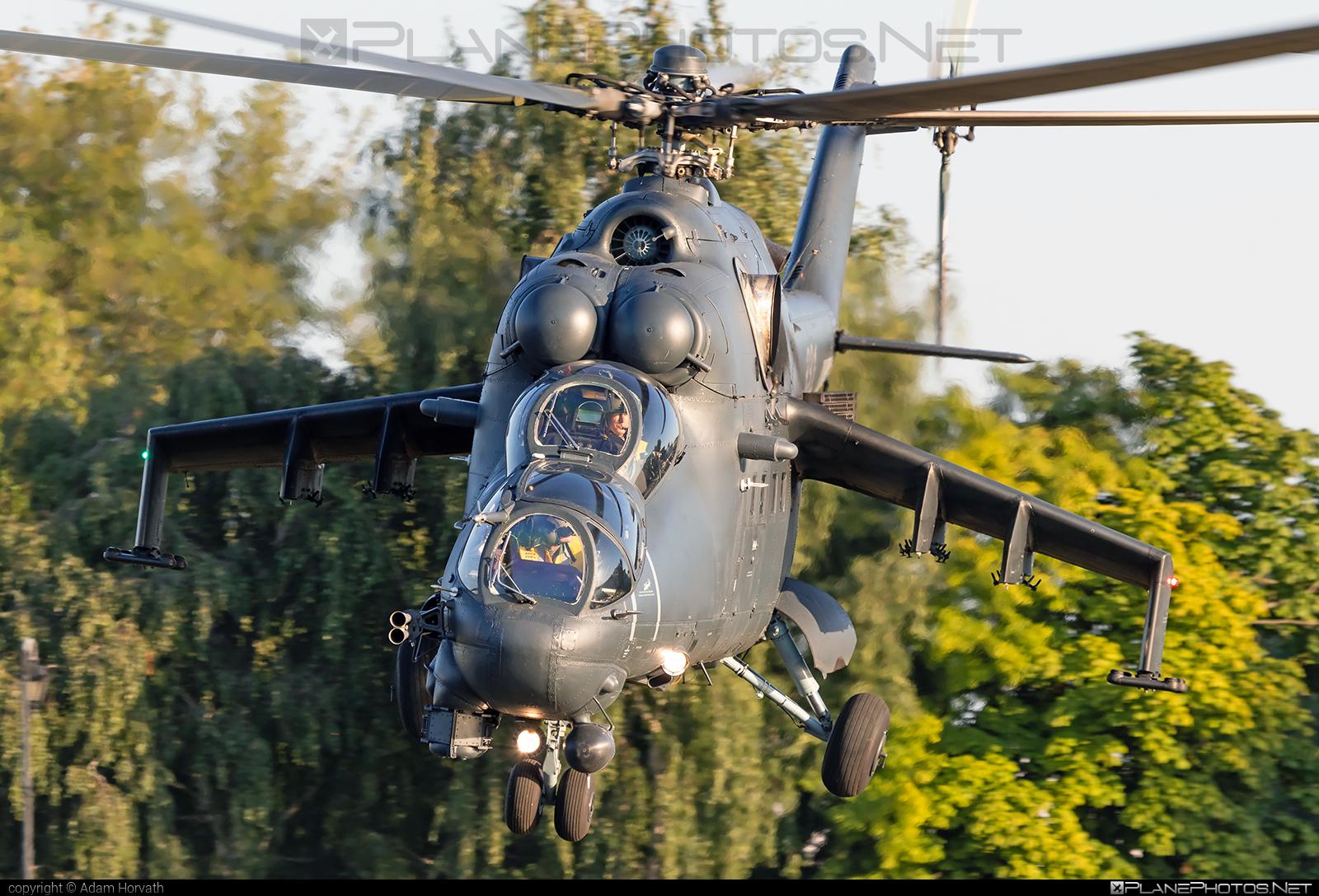 Mil Mi-24P - 331 operated by Magyar Légierő (Hungarian Air Force) #hungarianairforce #magyarlegiero #mi24 #mi24p #mil #mil24 #mil24p #milhelicopters
