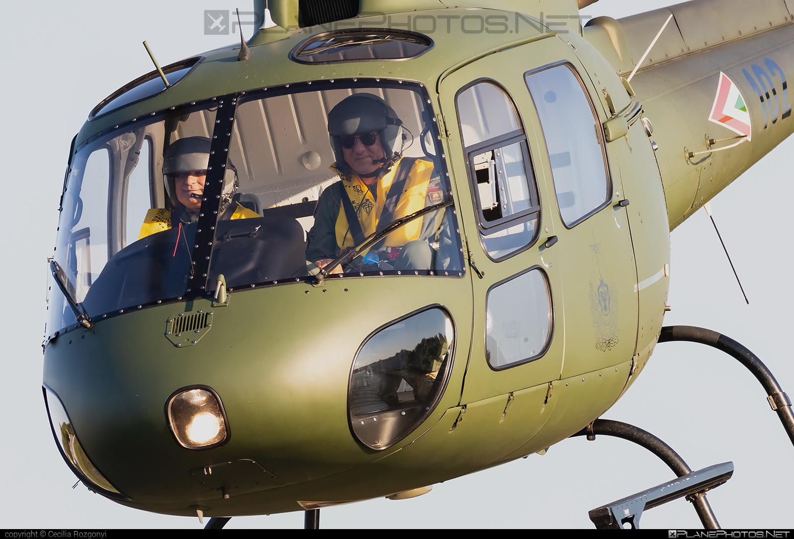 Aerospatiale AS350 B2 Ecureuil - 102 operated by Magyar Légierő (Hungarian Air Force) #aerospatiale #hungarianairforce #magyarlegiero