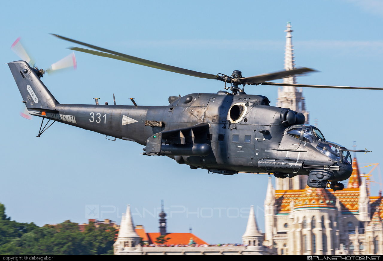 Mil Mi-24P - 331 operated by Magyar Légierő (Hungarian Air Force) #hungarianairforce #magyarlegiero #mi24 #mi24p #mil #mil24 #mil24p #milhelicopters