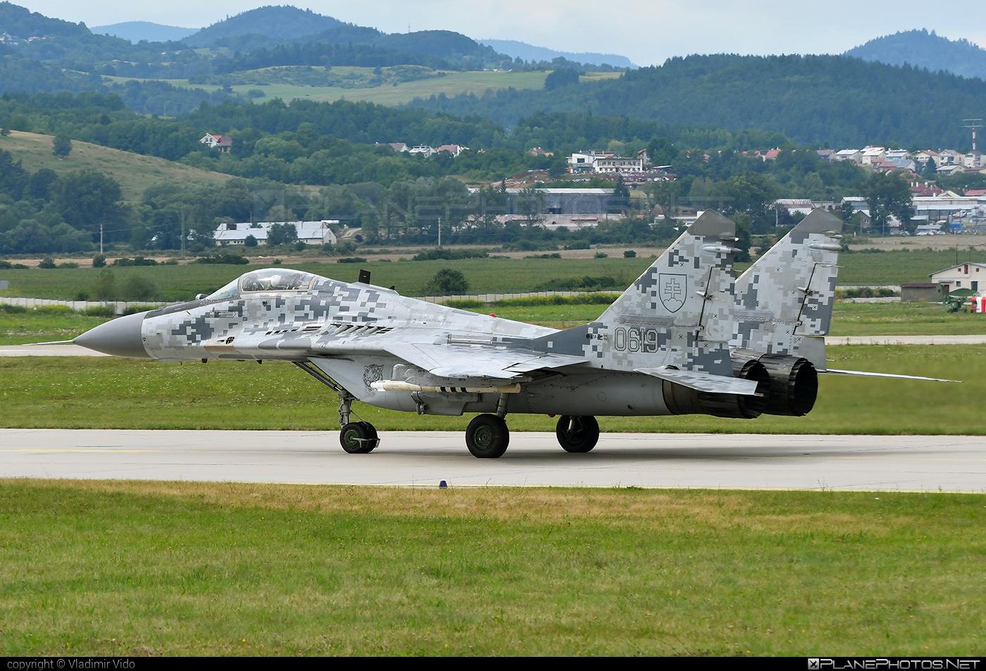 Mikoyan-Gurevich MiG-29AS - 0619 operated by Vzdušné sily OS SR (Slovak Air Force) #mig #mig29 #mig29as #mikoyangurevich #siaf2019 #slovakairforce #vzdusnesilyossr