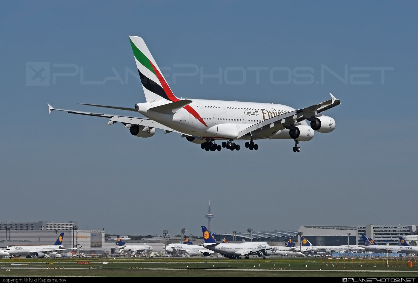 Airbus A380-861 - A6-EEZ operated by Emirates #a380 #a380family #airbus #airbus380 #emirates