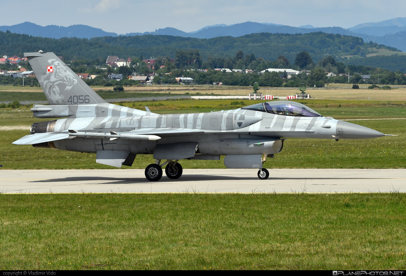 Lockheed Martin F-16CJ Fighting Falcon - 4056 operated by Siły Powietrzne Rzeczypospolitej Polskiej (Polish Air Force) #f16 #f16cj #fightingfalcon #lockheedmartin #polishairforce #siaf2019 #silypowietrzne