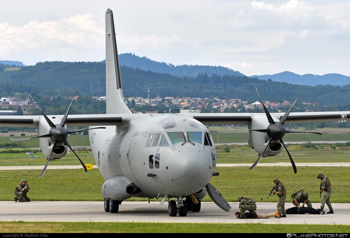 Leonardo C-27J Spartan - 1962 operated by Vzdušné sily OS SR (Slovak Air Force) #c27j #c27jspartan #c27spartan #leonardo #leonardo27j #leonardoc27jspartan #leonardospartan #slovakairforce #vzdusnesilyossr
