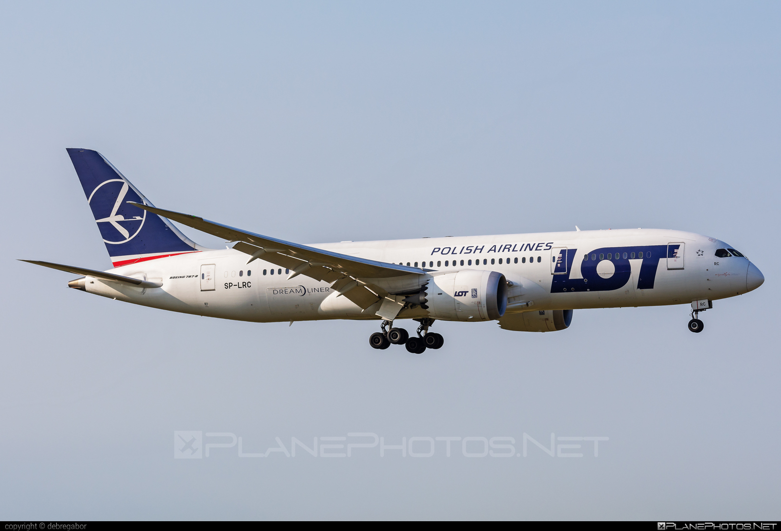 Boeing 787-8 Dreamliner - SP-LRC operated by LOT Polish Airlines #b787 #boeing #boeing787 #dreamliner #lot #lotpolishairlines