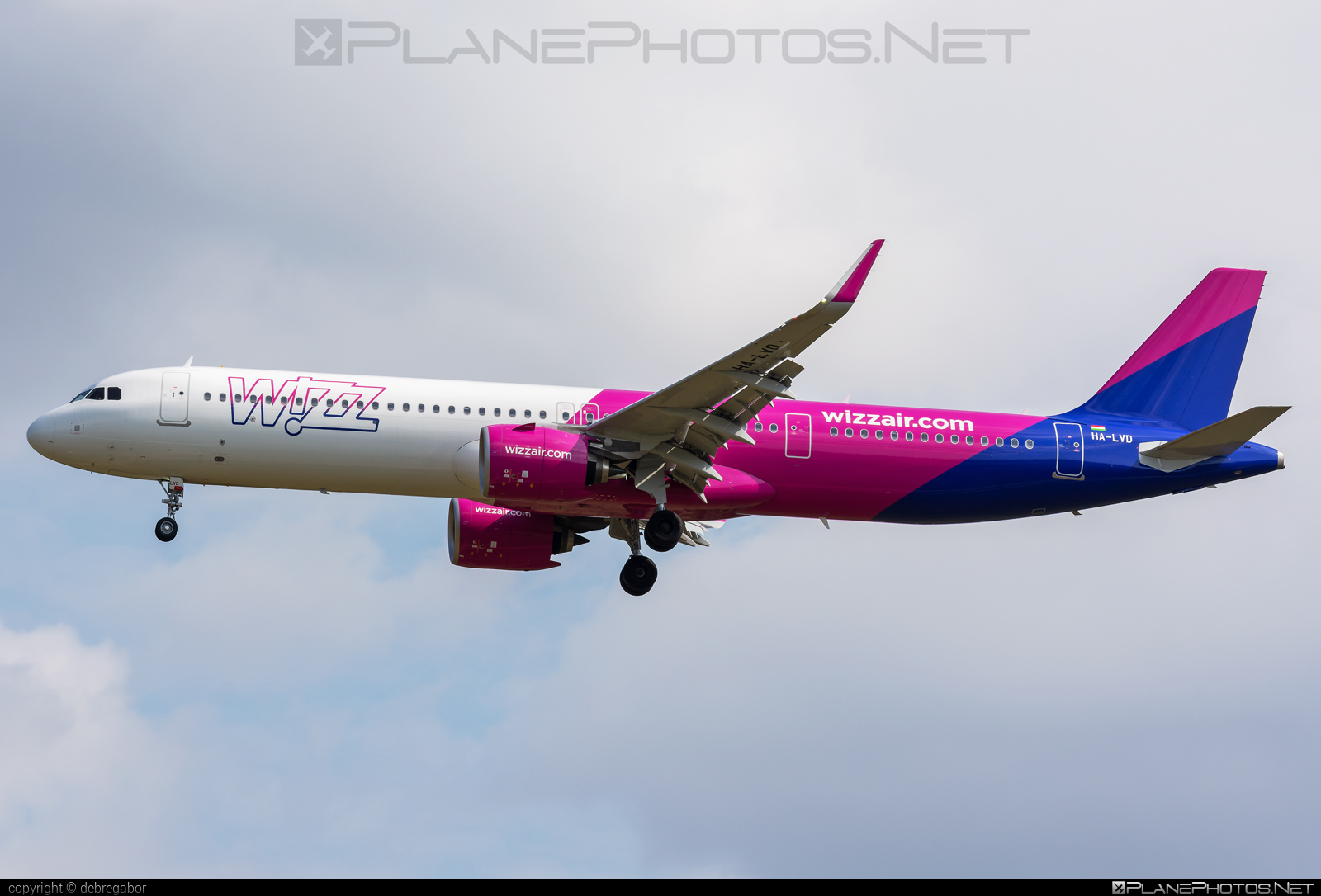 Airbus A321-271NX - HA-LVD operated by Wizz Air #a320family #a321 #a321neo #airbus #airbus321 #airbus321lr #wizz #wizzair