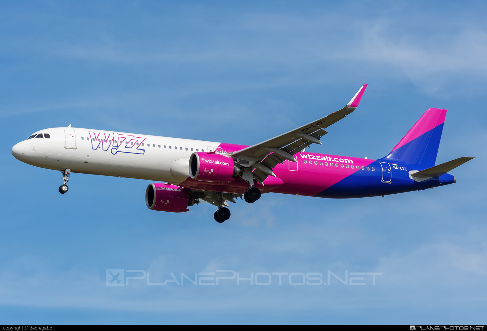 Airbus A321-271NX - HA-LVE operated by Wizz Air #a320family #a321 #a321neo #airbus #airbus321 #airbus321lr #wizz #wizzair