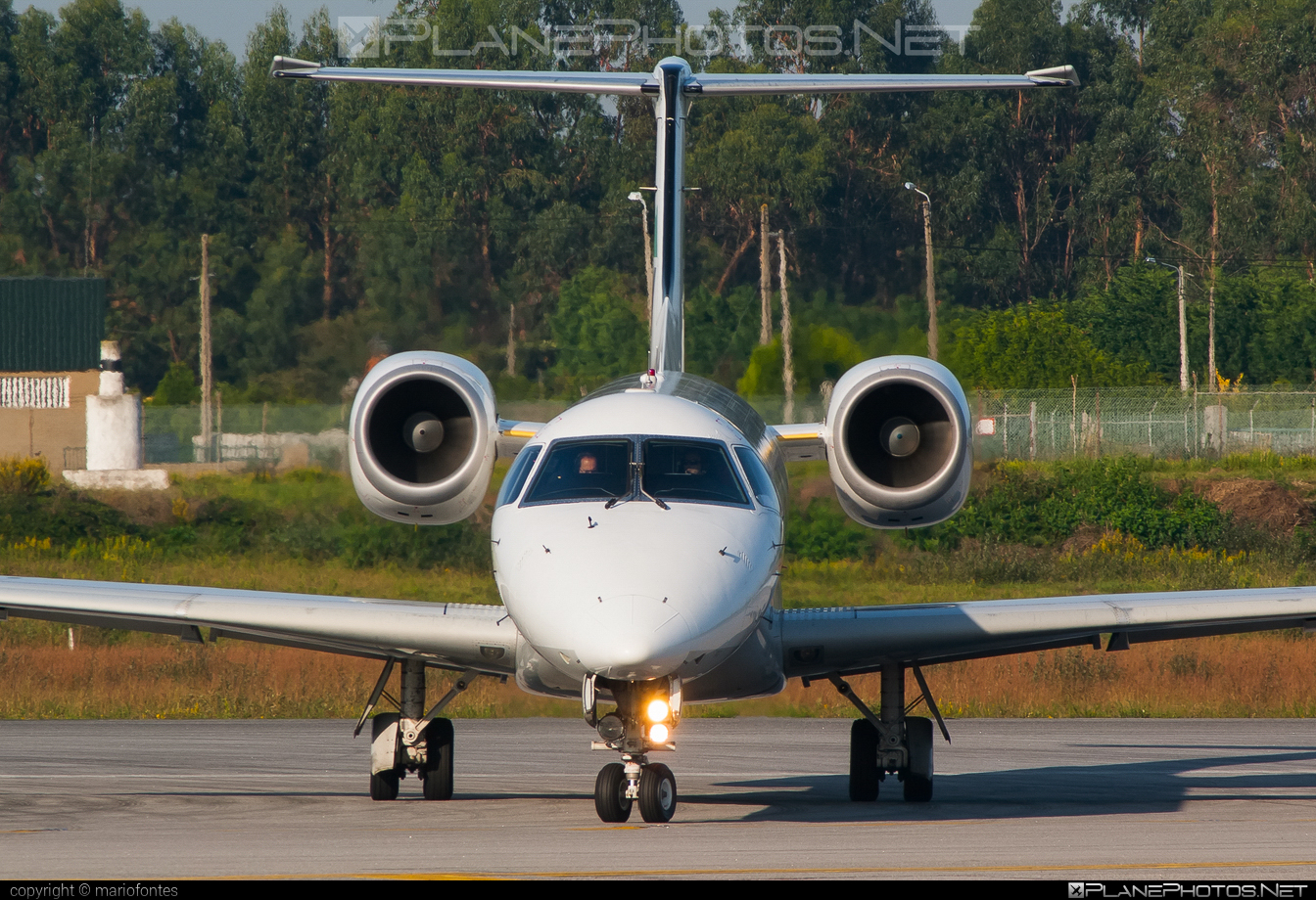 Embraer ERJ-145EP - CS-TPH operated by Portugália Airlines #embraer #portugaliaairlines