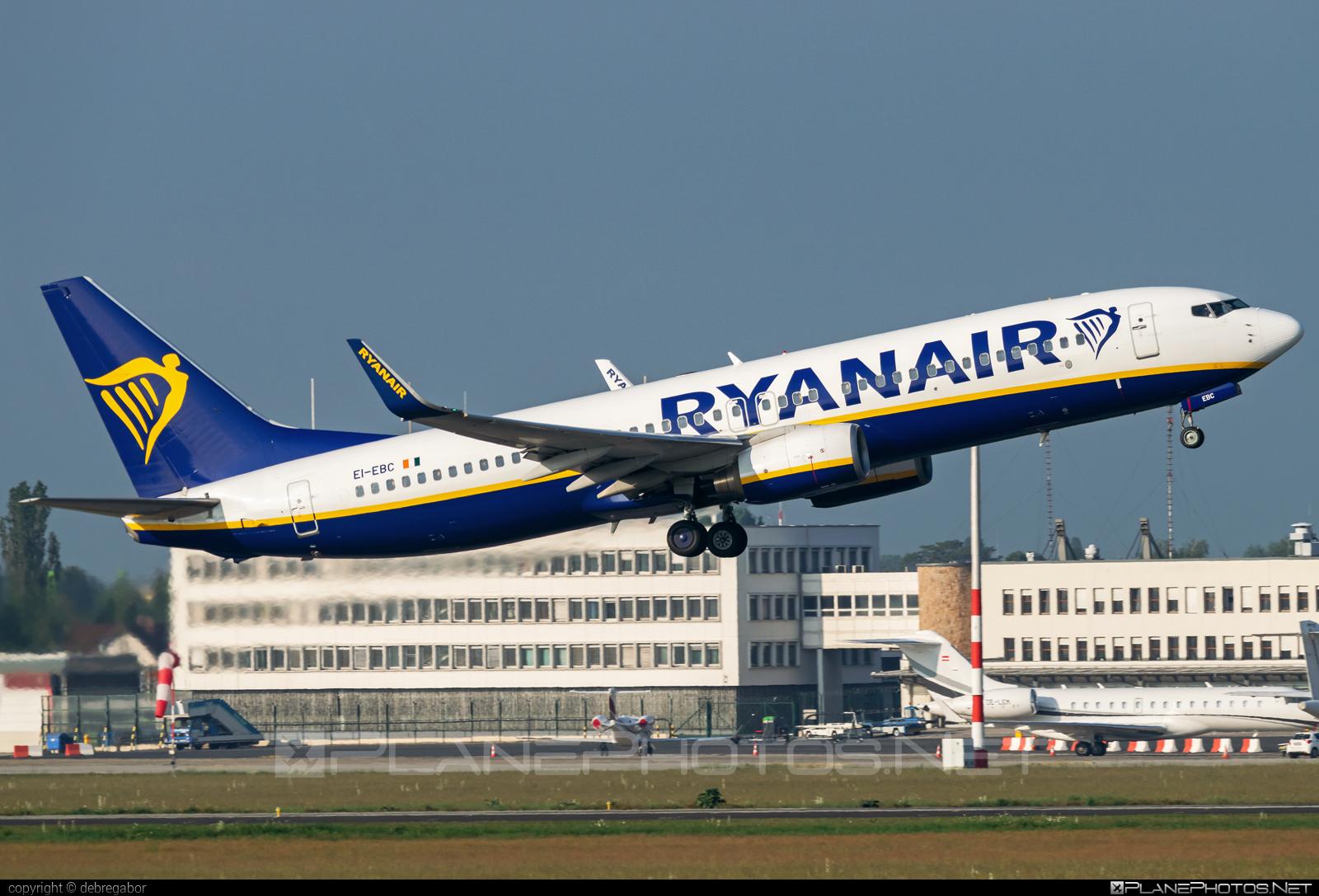 Boeing 737-800 - EI-EBC operated by Ryanair #b737 #b737nextgen #b737ng #boeing #boeing737 #ryanair