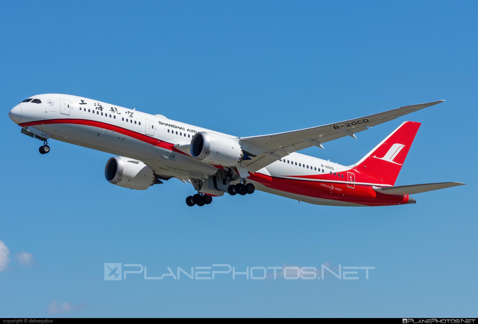 Boeing 787-9 Dreamliner - B-20CD operated by Shanghai Airlines #b787 #boeing #boeing787 #dreamliner
