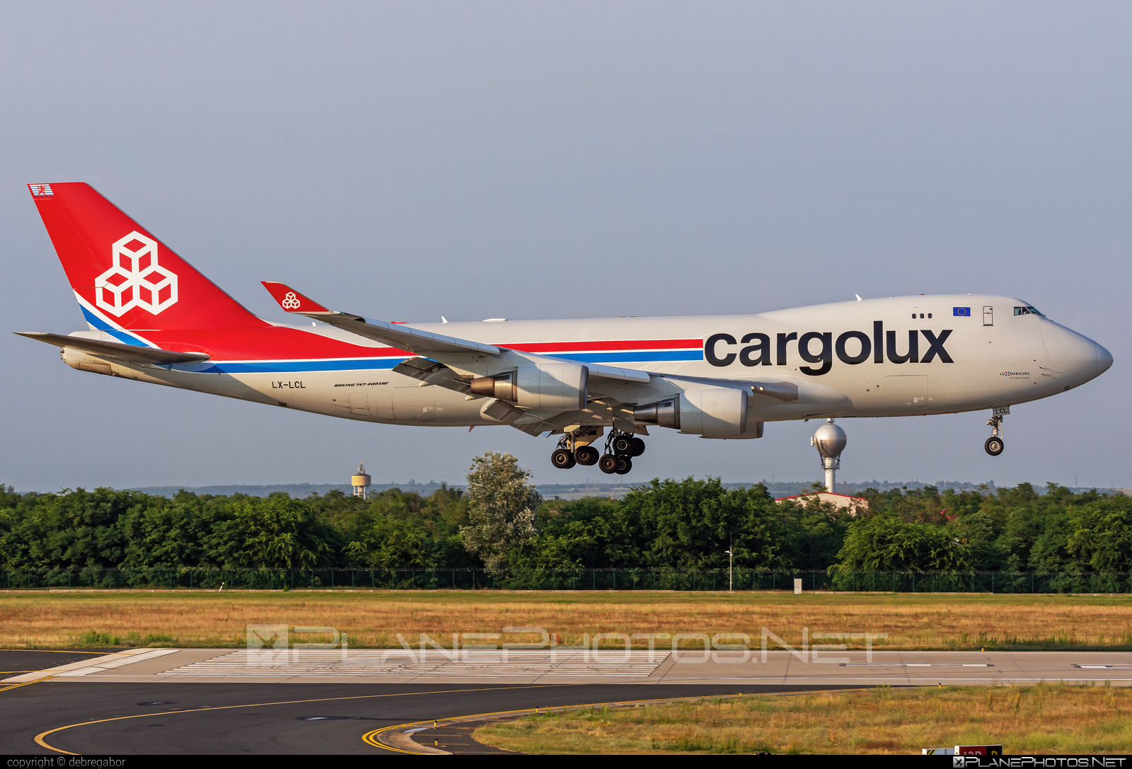 Boeing 747-400F - LX-LCL operated by Cargolux Airlines International #b747 #boeing #boeing747 #cargolux #jumbo