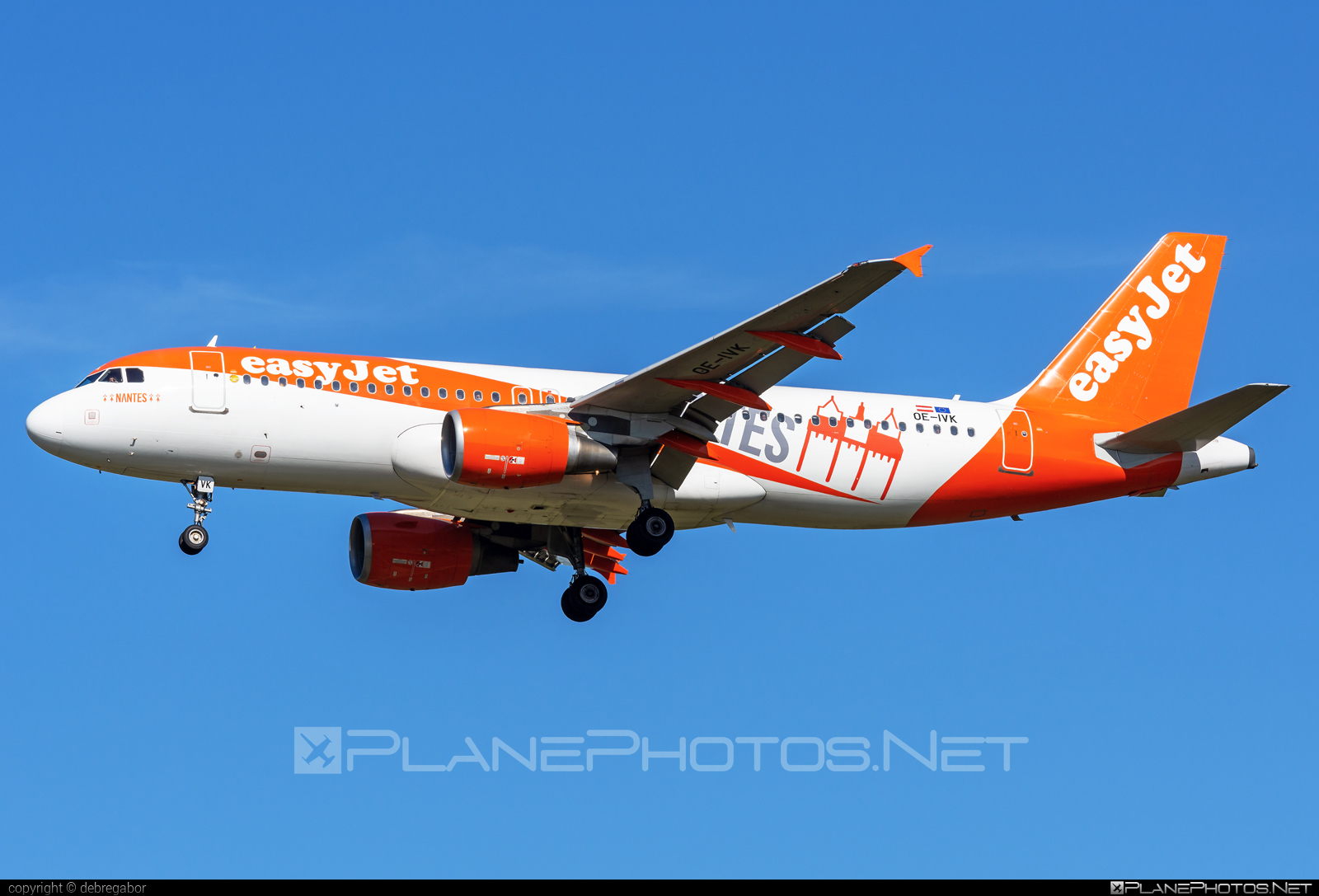 Airbus A320-214 - OE-IVK operated by easyJet Europe #a320 #a320family #airbus #airbus320 #easyjet #easyjeteurope