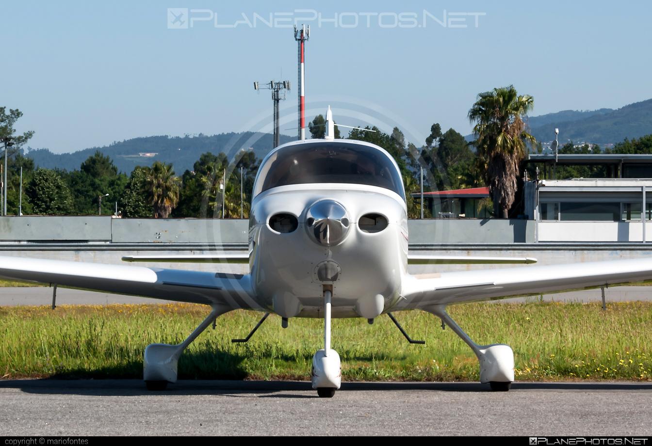 Cirrus SR20 G3 - D-EPJO operated by Private operator #cirrus