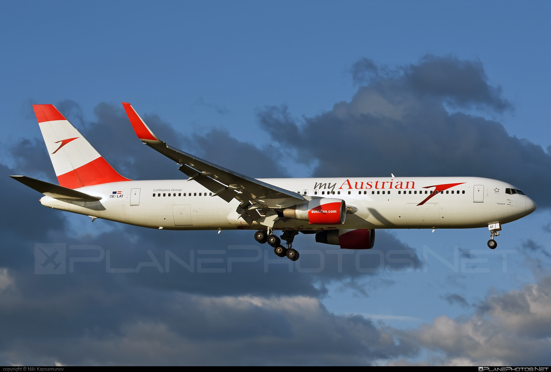Boeing 767-300ER - OE-LAT operated by Austrian Airlines #b767 #b767er #boeing #boeing767