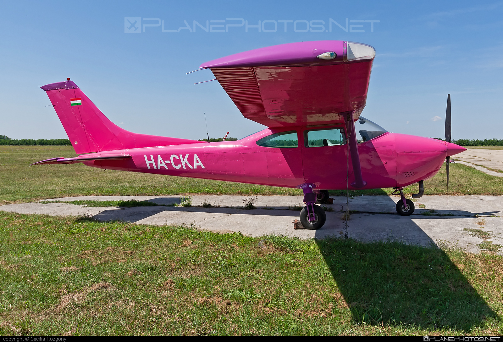Reims F182Q Skylane - HA-CKA operated by Private operator #reims