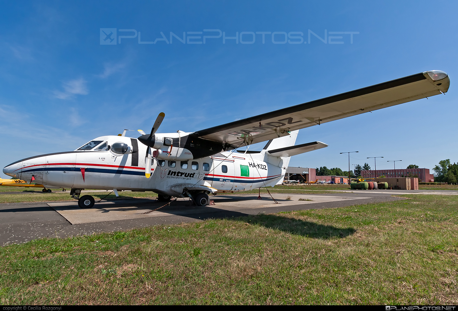 Let L-410UVP Turbolet - HA-KDZ operated by Private operator #let