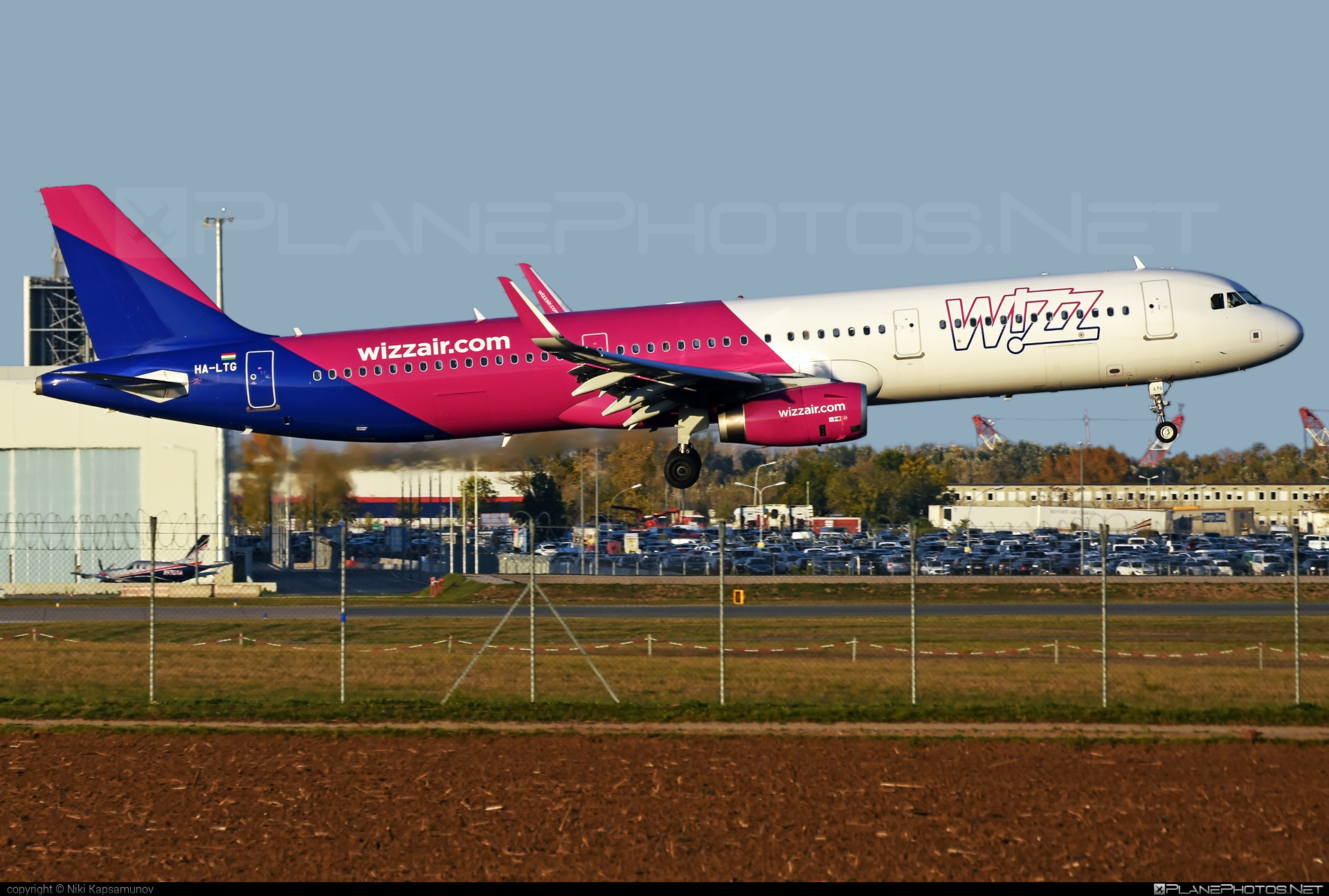 Airbus A321-231 - HA-LTG operated by Wizz Air #a320family #a321 #airbus #airbus321 #wizz #wizzair