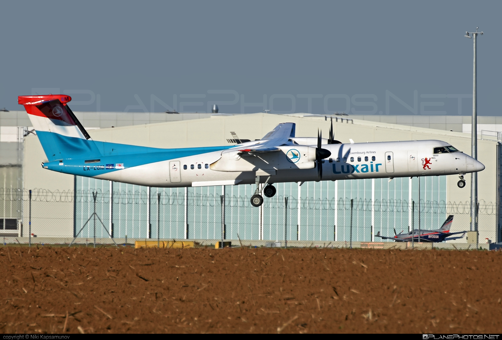 Bombardier DHC-8-Q402 Dash 8 - LX-LGM operated by Luxair #bombardier