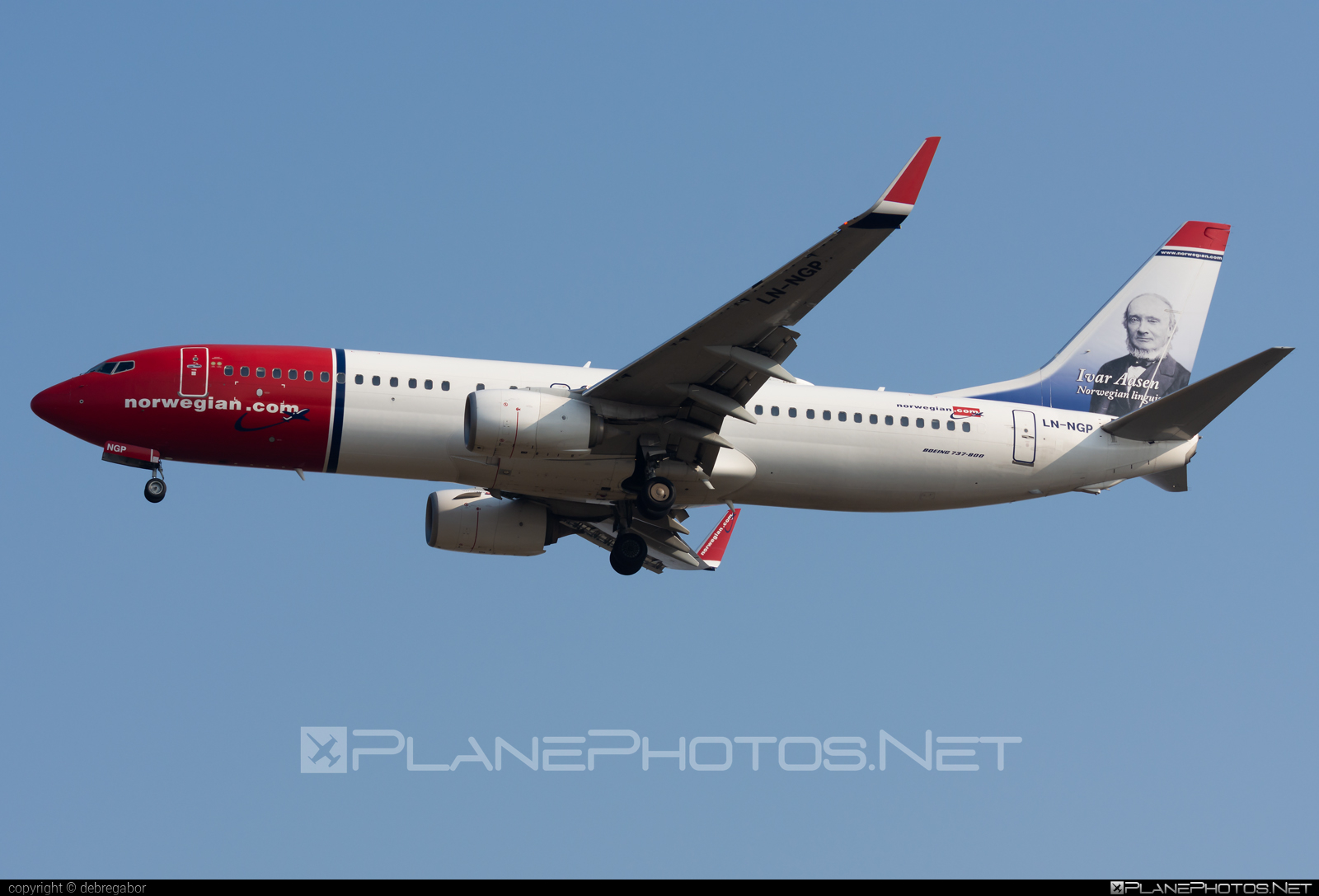 Boeing 737-800 - LN-NGP operated by Norwegian Air Shuttle #b737 #b737nextgen #b737ng #boeing #boeing737 #norwegian #norwegianair #norwegianairshuttle