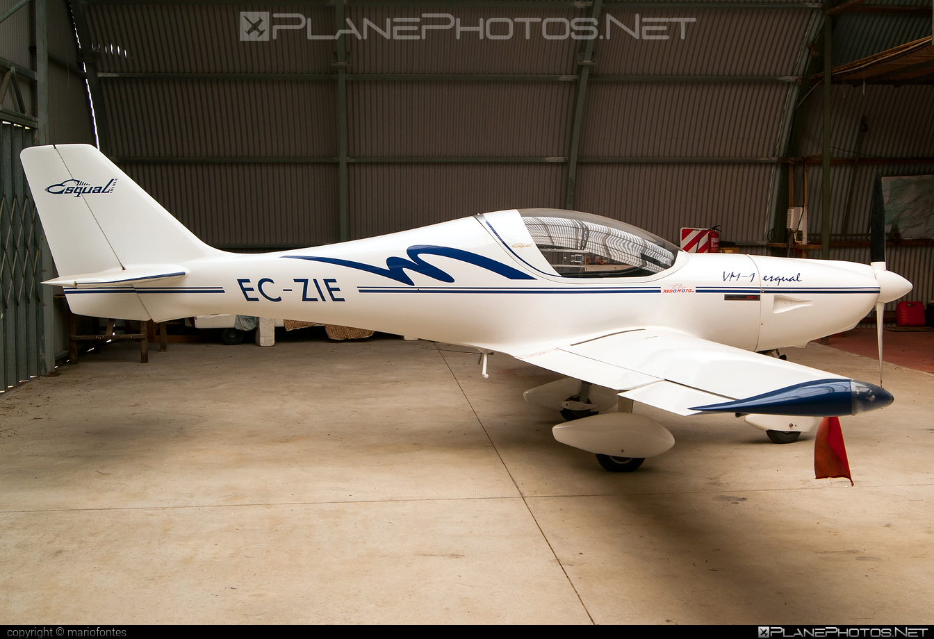 Vol Mediterrani VM-1 Esqual - EC-ZIE operated by Private operator #vm1esqual #volmediterrani
