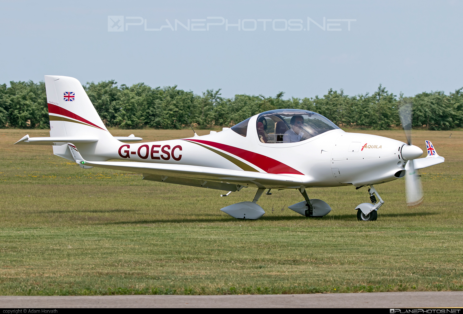 Aquila A210 - G-OESC operated by Private operator #aquila #aquila210 #aquilaa210 #aquilaaircraft
