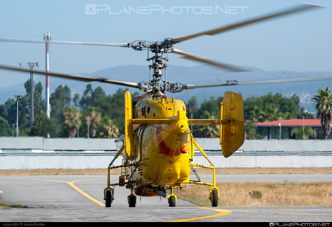 Kamov Ka-32A11BC - CS-HMK operated by Proteção Civil (Portugal Civil Protection) #ka32 #ka32a11bc #kamov #kamov32 #kamovka32 #portugalcivilprotection #protecaocivil