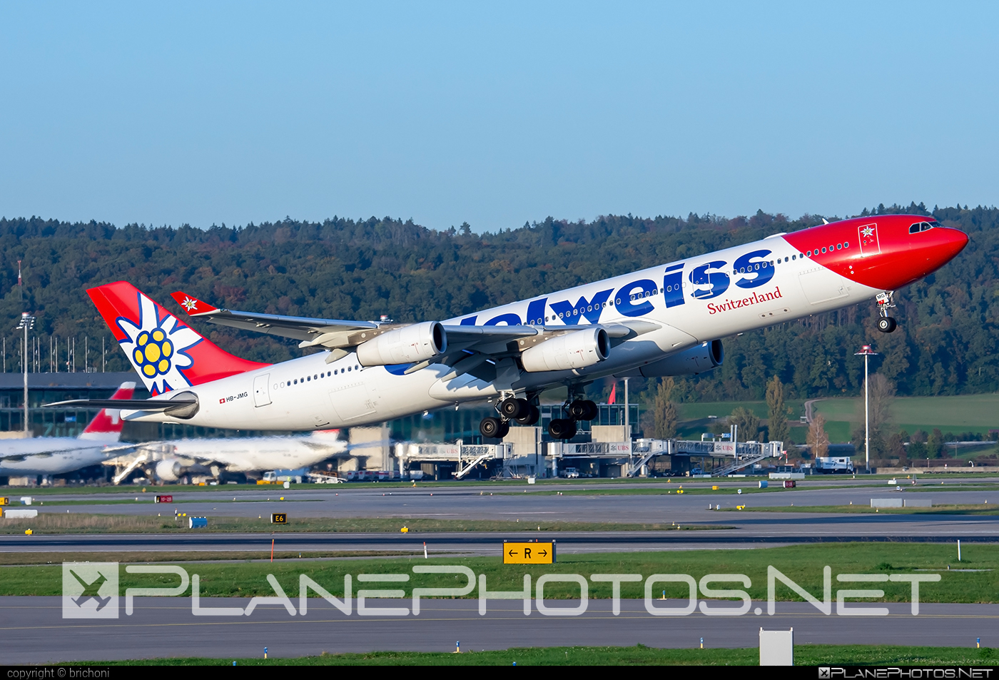Airbus A340-313 - HB-JMG operated by Edelweiss Air #a340 #a340family #airbus #airbus340