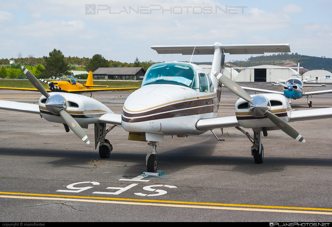 Beechcraft 76 Duchess - G-BGVH operated by Private operator #beechcraft