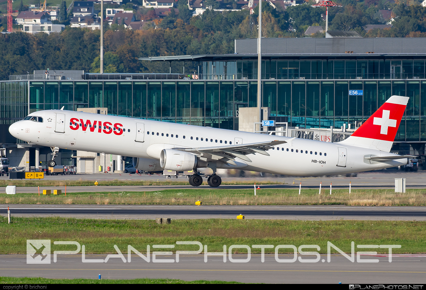 Airbus A321-111 - HB-IOH operated by Swiss International Air Lines #a320family #a321 #airbus #airbus321 #swiss #swissairlines