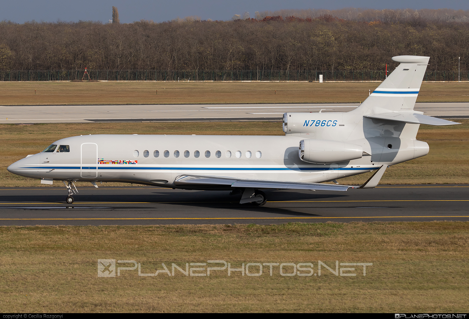 Dassault Falcon 7X - N786CS operated by Private operator #dassault #dassaultfalcon #dassaultfalcon7x #falcon7x
