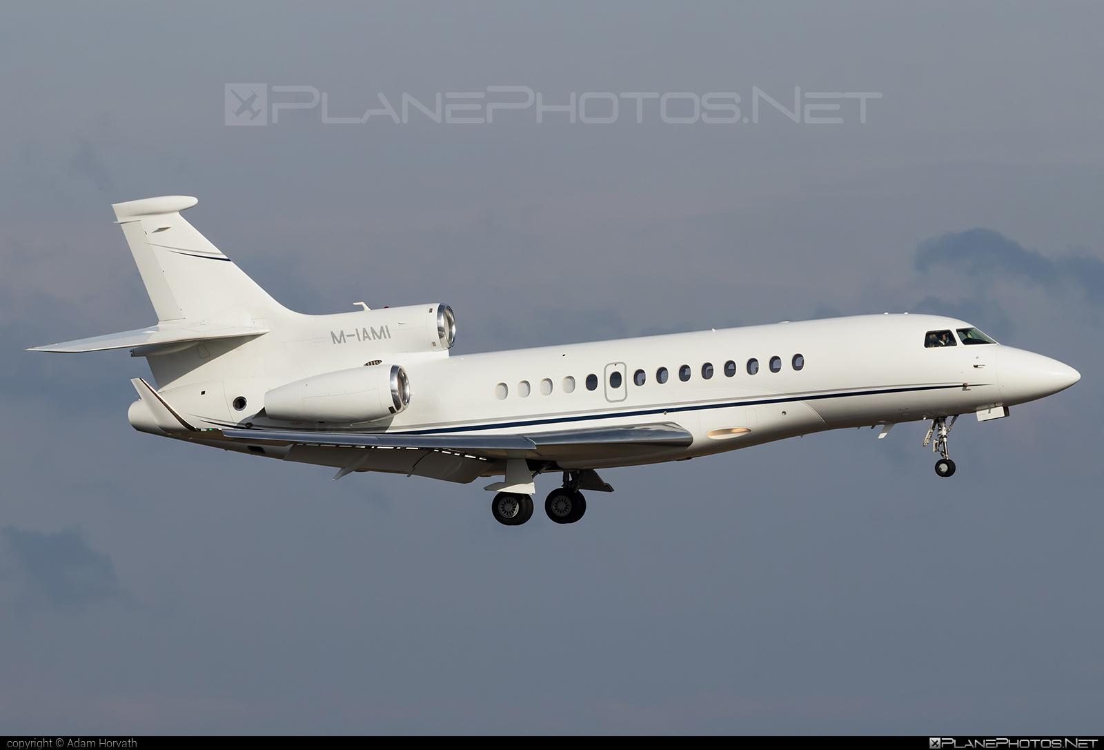 Dassault Falcon 7X - M-IAMI operated by Private operator #dassault #dassaultfalcon #dassaultfalcon7x #falcon7x