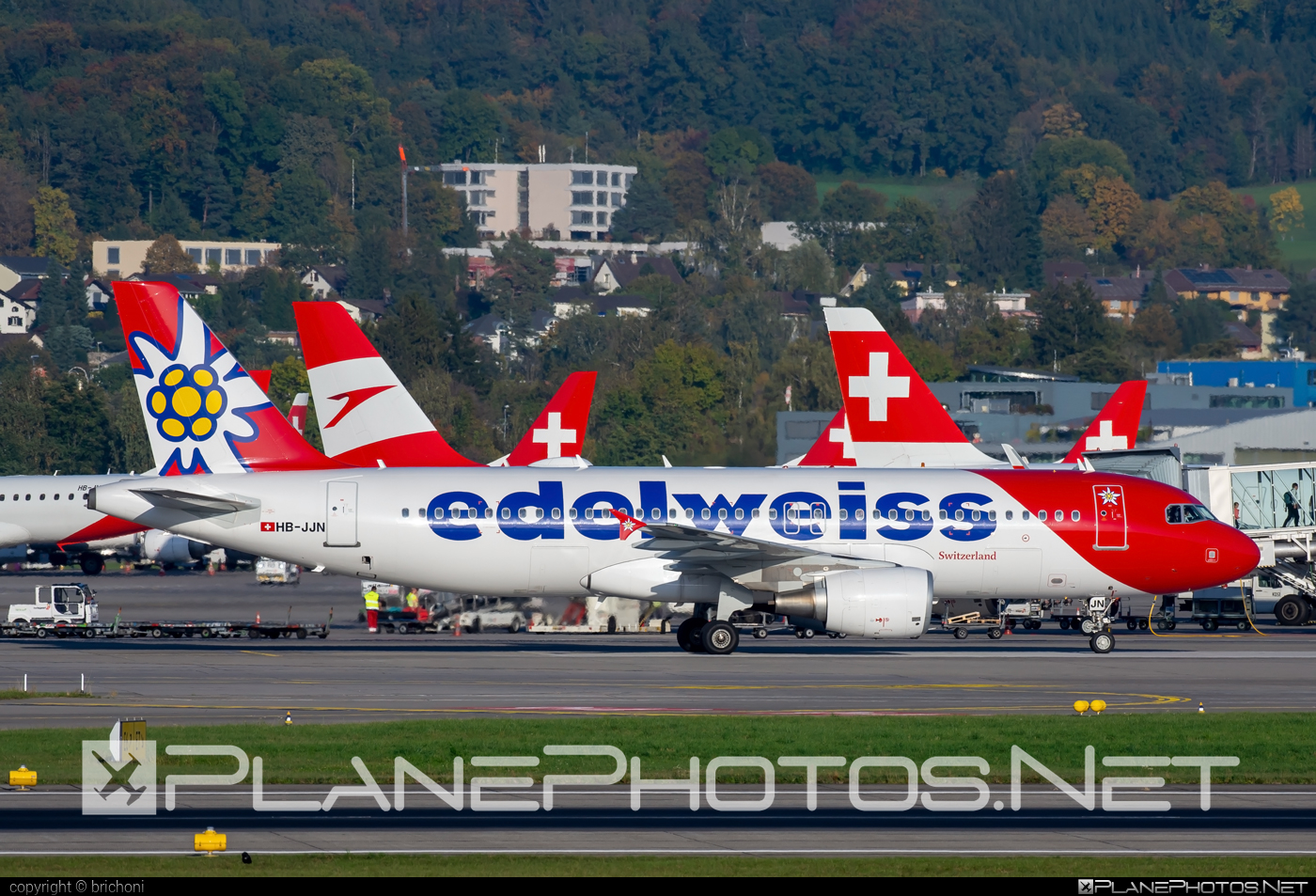 Airbus A320-214 - HB-JJN operated by Edelweiss Air #a320 #a320family #airbus #airbus320