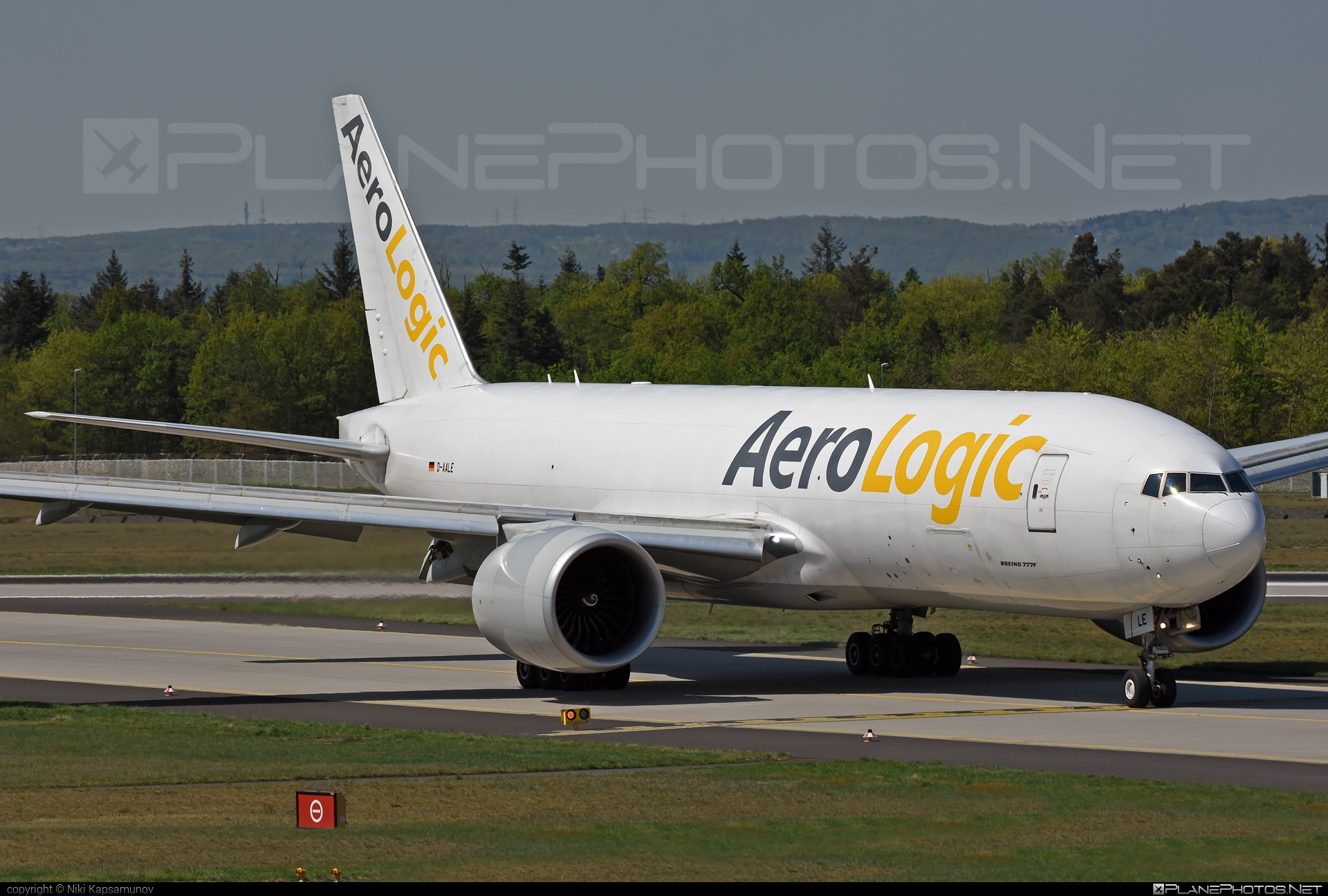 Boeing 777F - D-AALE operated by AeroLogic #aerologic #b777 #b777f #b777freighter #boeing #boeing777 #tripleseven