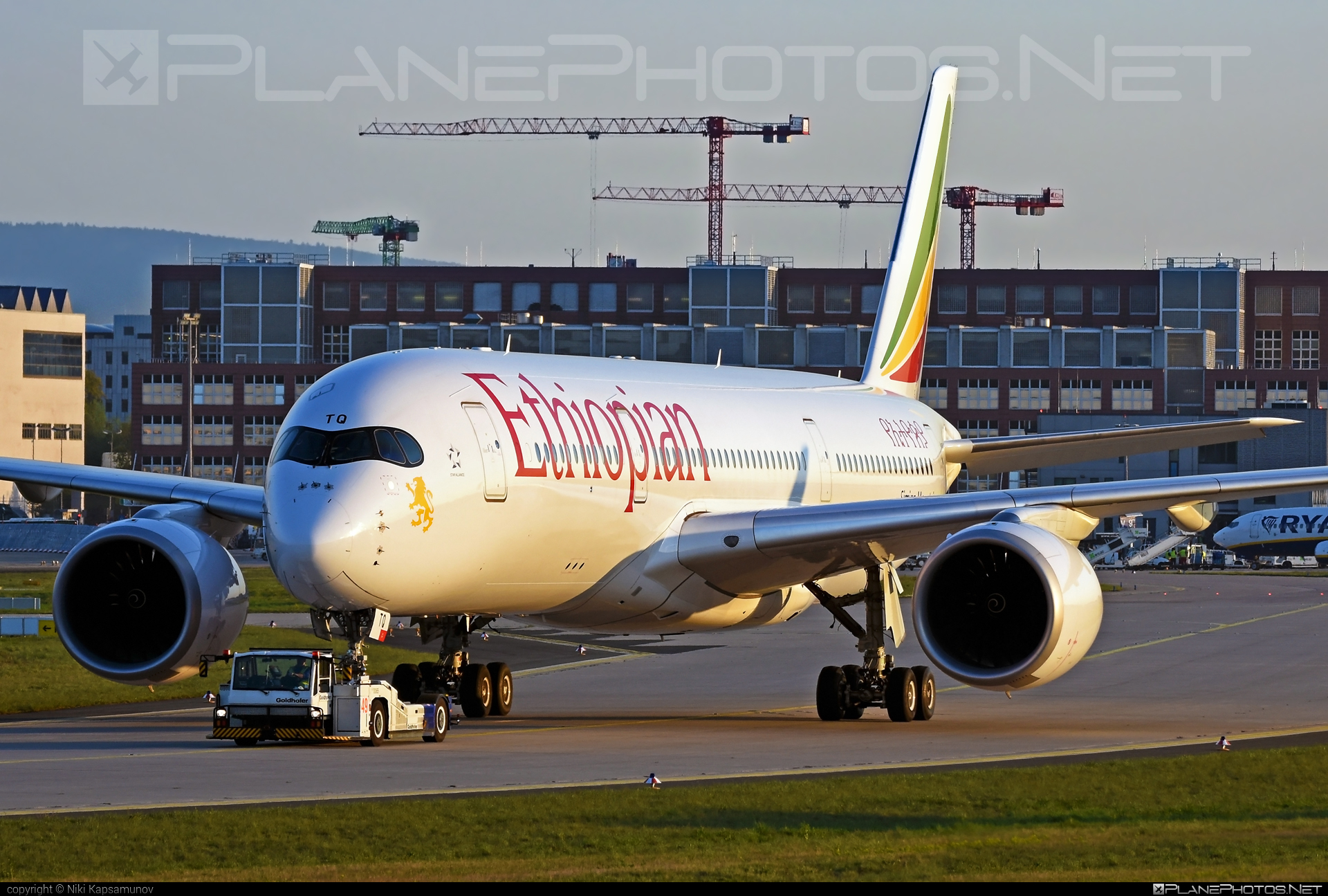 Airbus A350-941 - ET-ATQ operated by Ethiopian Airlines #a350 #a350family #airbus #airbus350 #ethiopianairlines #xwb