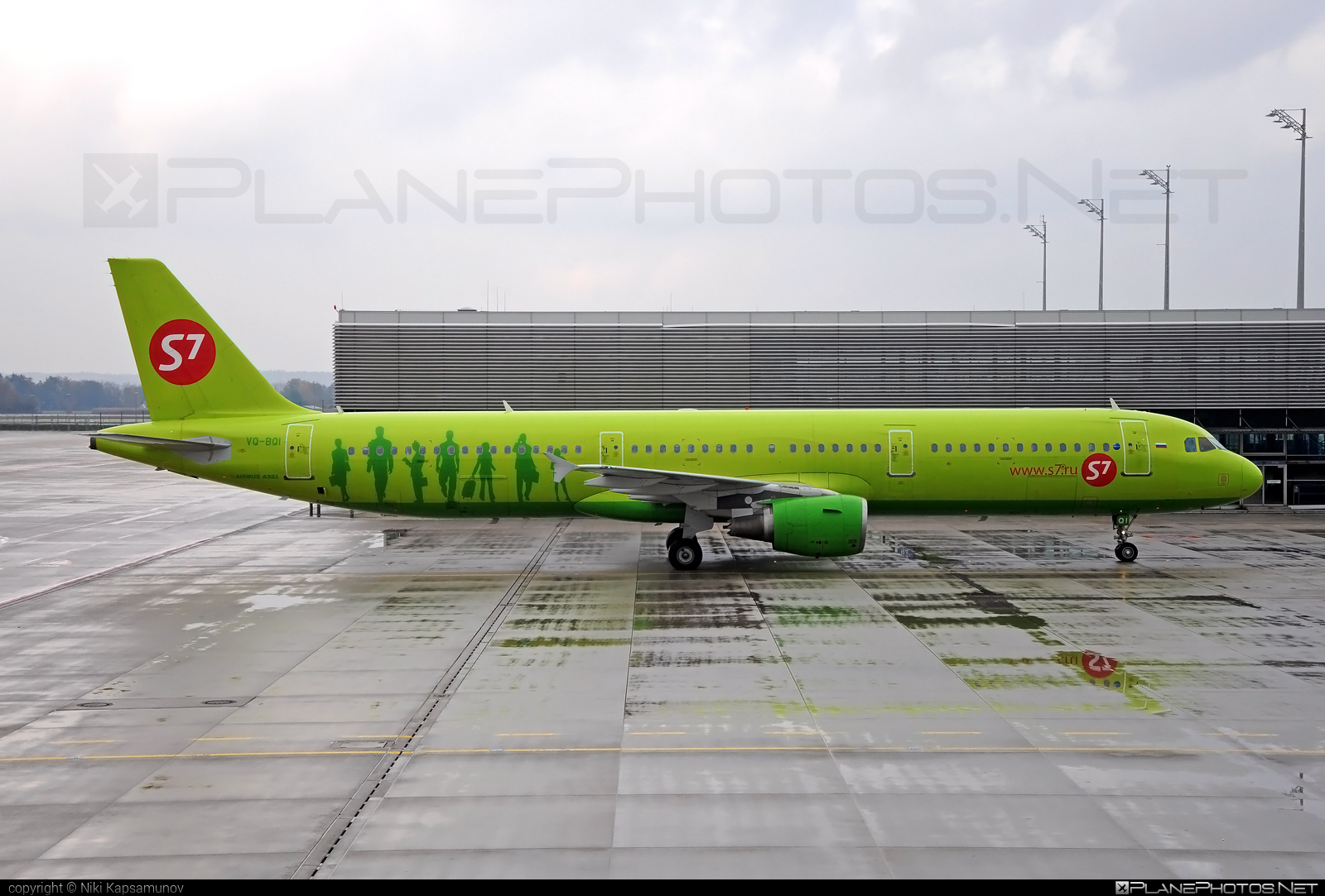Airbus A321-211 - VQ-BQI operated by S7 Airlines #a320family #a321 #airbus #airbus321