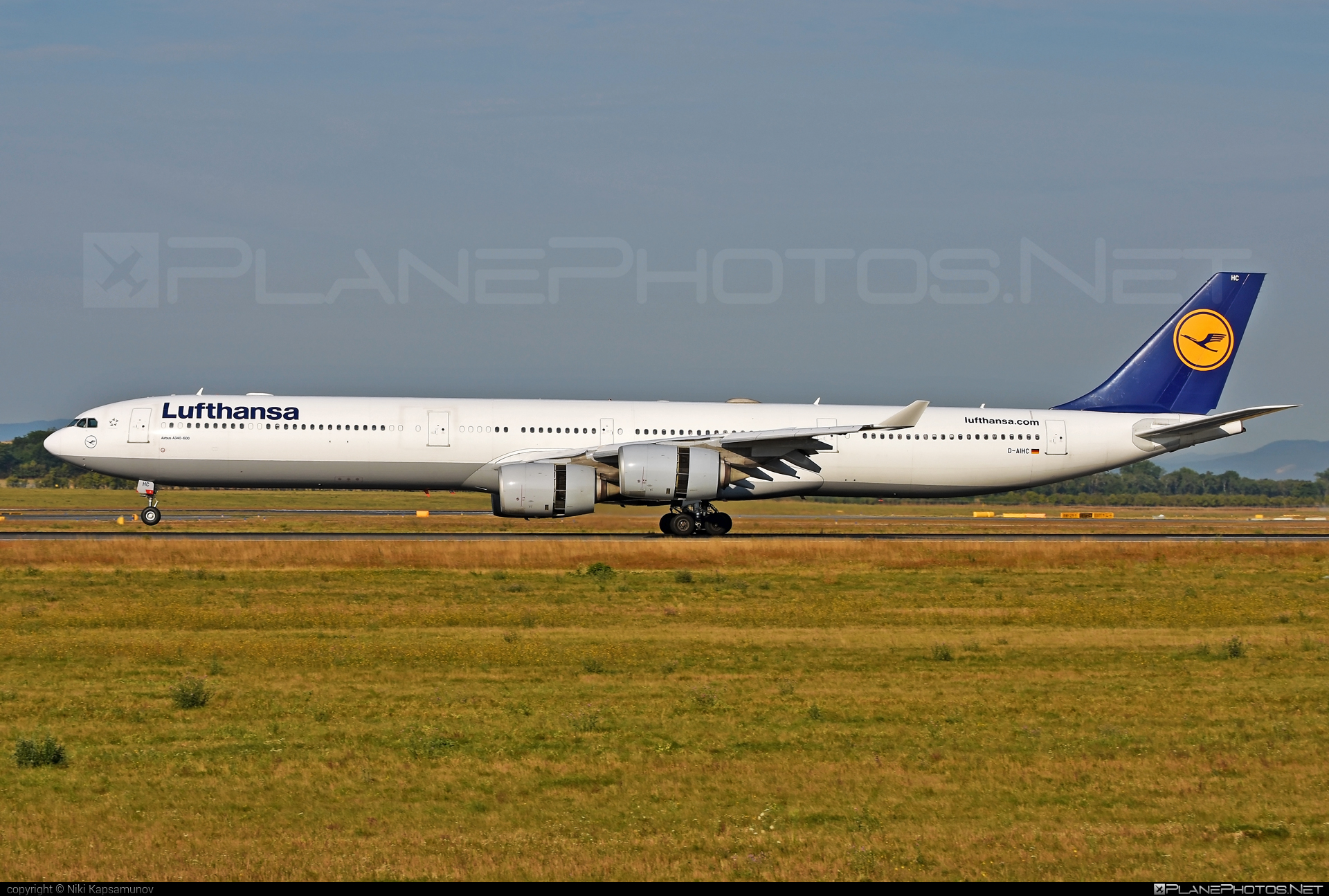 Airbus A340-642 - D-AIHC operated by Lufthansa #a340 #a340family #airbus #airbus340 #lufthansa