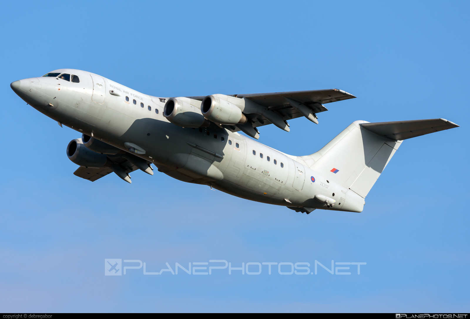 British Aerospace BAe 146-200 - ZE707 operated by Royal Air Force (RAF) #bae146 #bae146200 #britishaerospace #raf #royalairforce