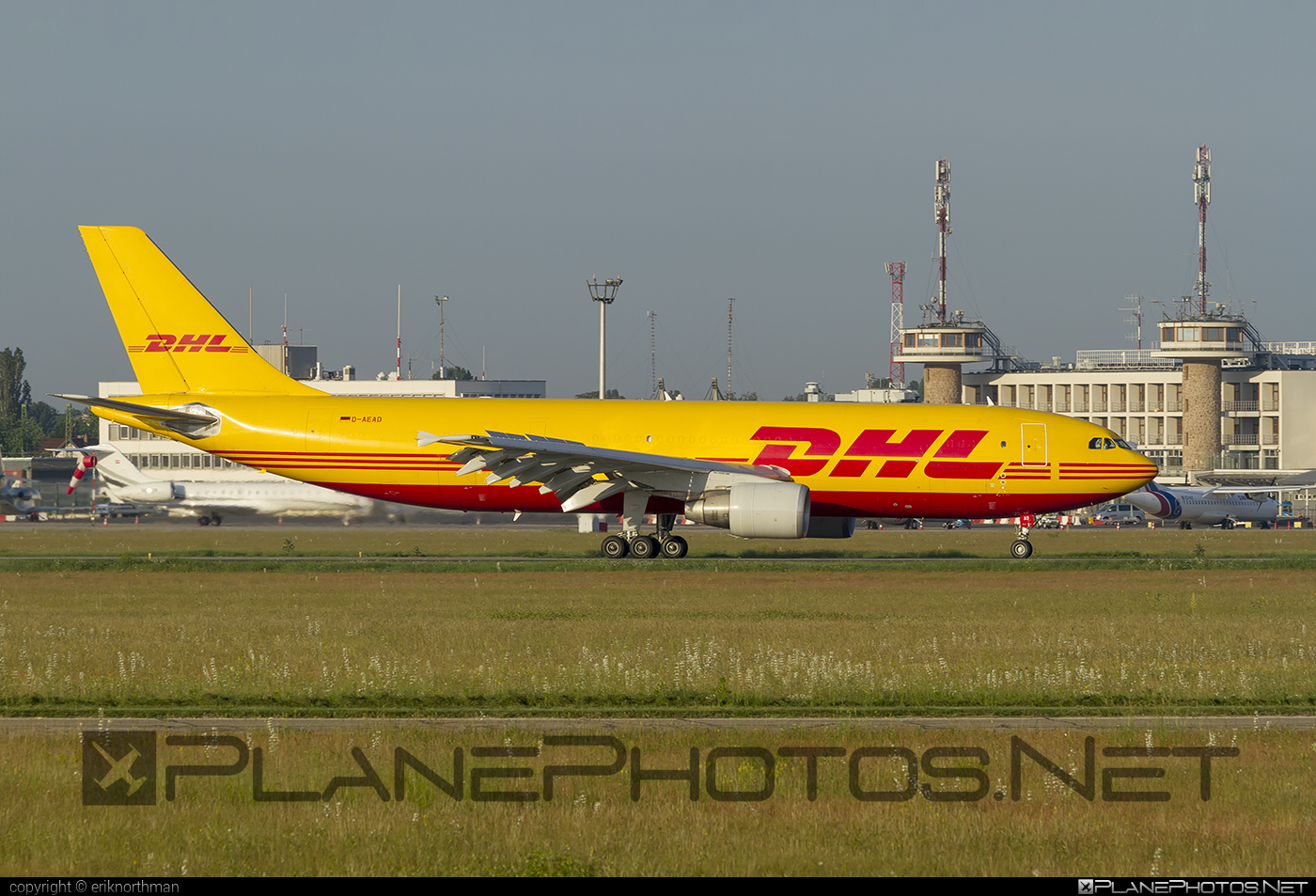 Airbus A300B4-622RF - D-AEAD operated by DHL (European Air Transport) #a300 #airbus