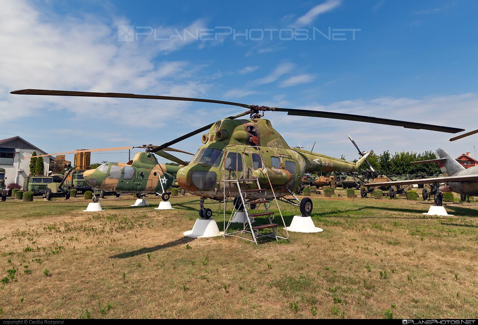 Mil Mi-2 - 8916 operated by Magyar Légierő (Hungarian Air Force) #hungarianairforce #magyarlegiero #mil #milhelicopters