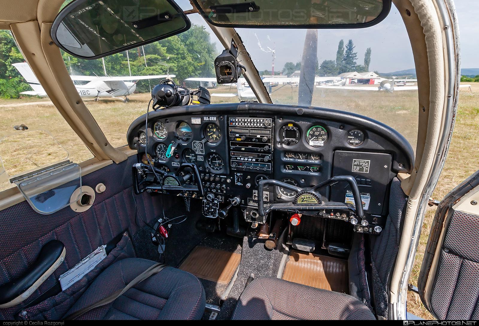 Piper PA-28-140 Cherokee Cruiser - HA-ERH operated by Magyar Pilóta Akadémia Kft. #magyarpilotaakademia #piper