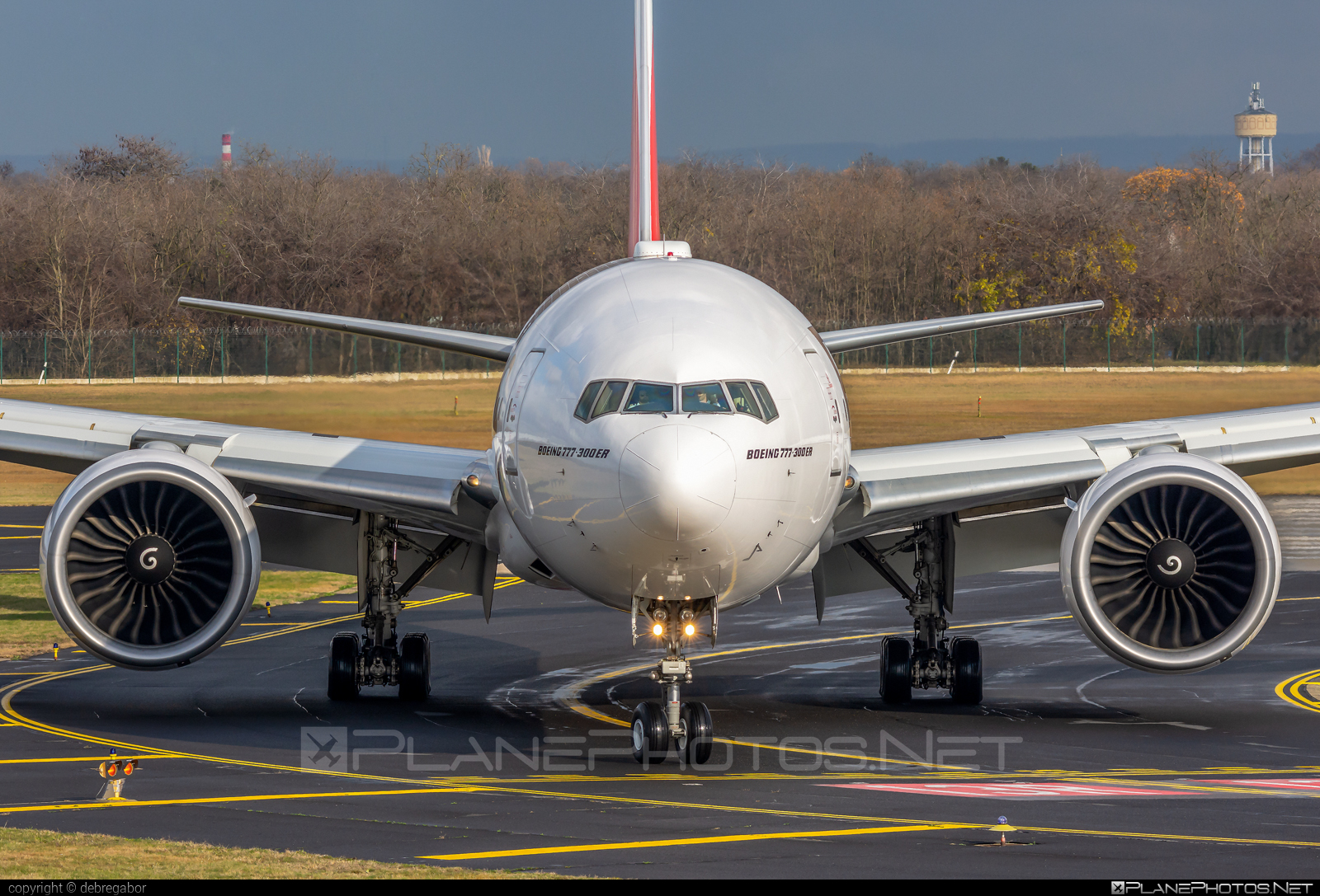 Boeing 777-300ER - A6-EGS operated by Emirates #b777 #b777er #boeing #boeing777 #emirates #tripleseven
