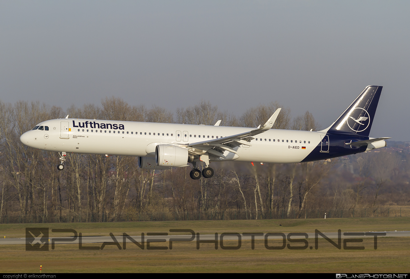 Airbus A321-271NX - D-AIED operated by Lufthansa #a320family #a321 #a321neo #airbus #airbus321 #airbus321lr #lufthansa