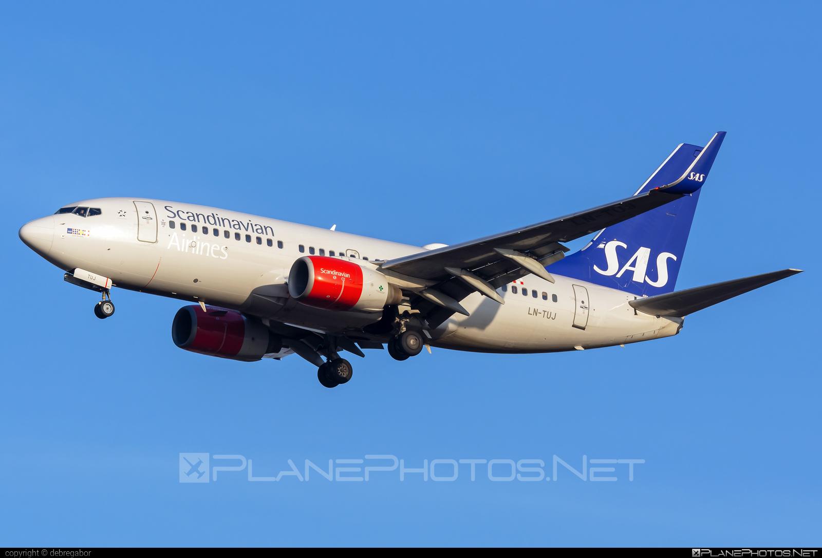 Boeing 737-700 - LN-TUJ operated by Scandinavian Airlines (SAS) #b737 #b737nextgen #b737ng #boeing #boeing737 #sas #sasairlines #scandinavianairlines