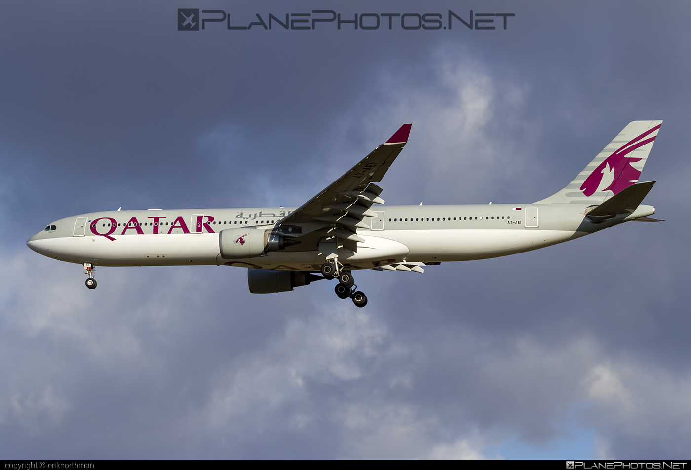 Airbus A330-302 - A7-AEI operated by Qatar Airways #a330 #a330family #airbus #airbus330 #qatarairways