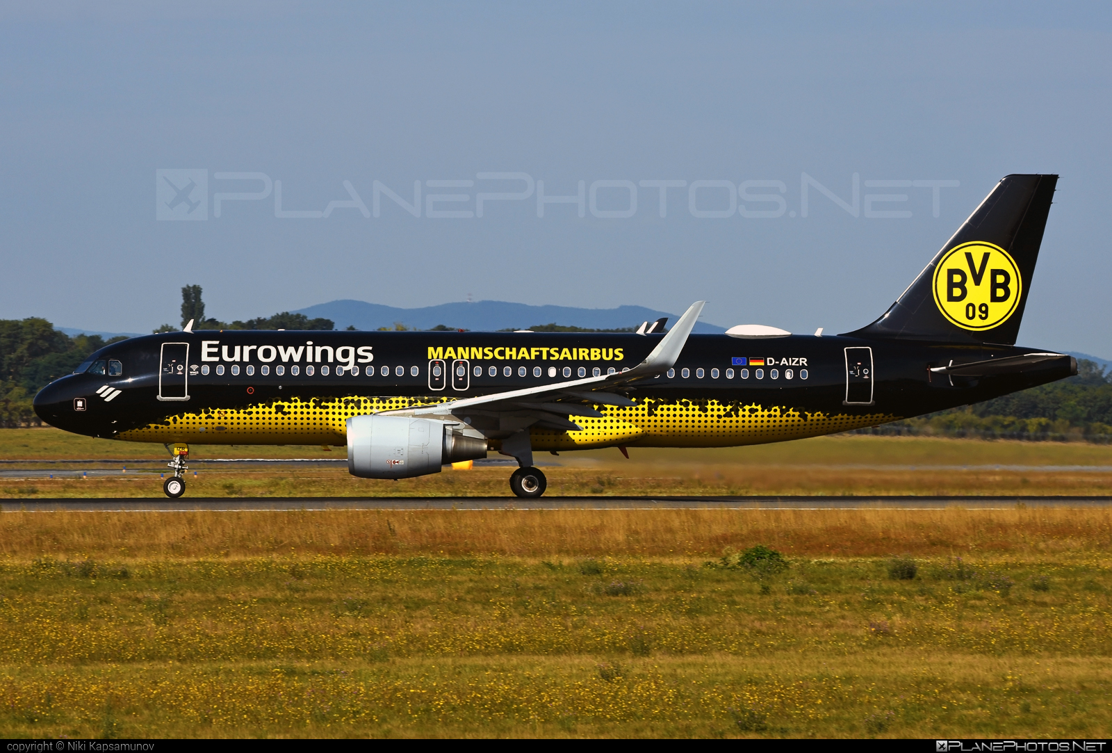 Airbus A320-214 - D-AIZR operated by Eurowings #a320 #a320family #airbus #airbus320 #eurowings
