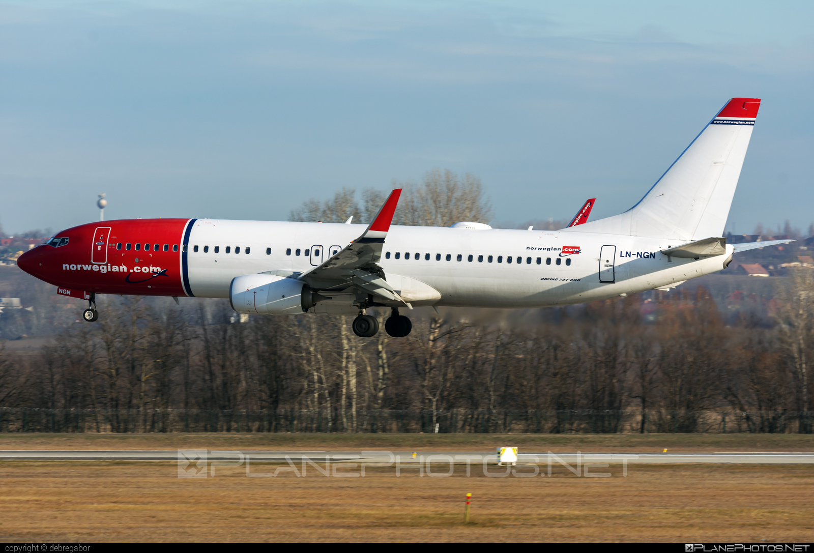 Boeing 737-800 - LN-NGN operated by Norwegian Air Shuttle #b737 #b737nextgen #b737ng #boeing #boeing737 #norwegian #norwegianair #norwegianairshuttle