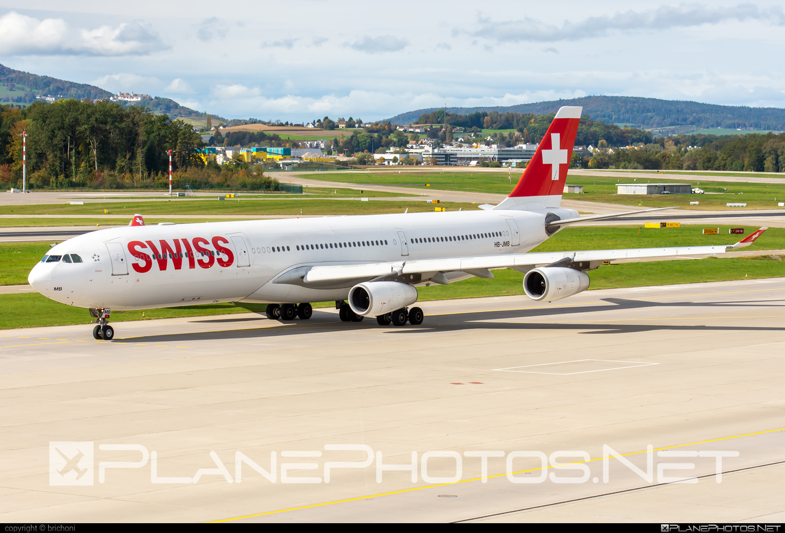 Airbus A340-313 - HB-JMB operated by Swiss International Air Lines #a340 #a340family #airbus #airbus340 #swiss #swissairlines
