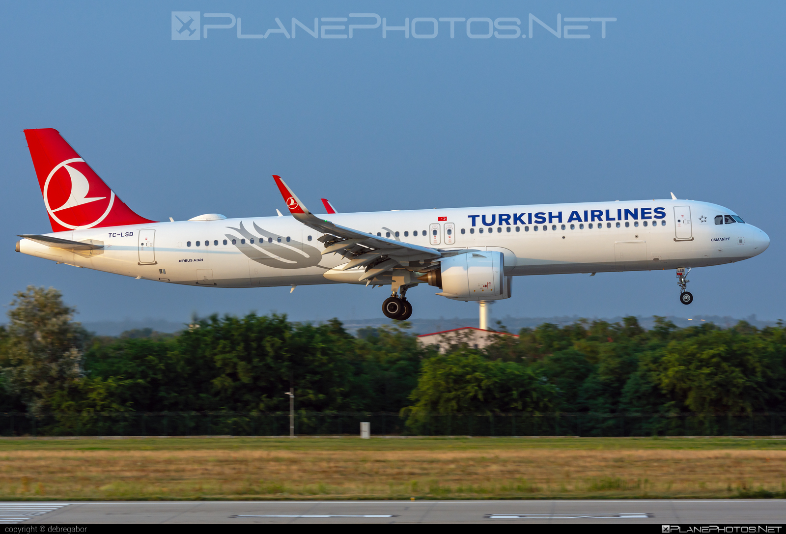 Airbus A321-271NX - TC-LSD operated by Turkish Airlines #a320family #a321 #a321neo #airbus #airbus321 #airbus321lr #turkishairlines
