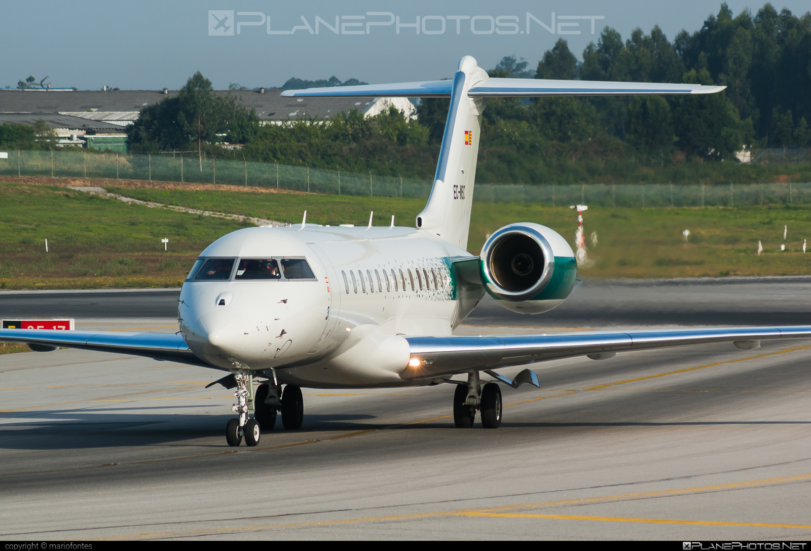 Bombardier Global 6000 (BD-700-1A10) - EC-MSC operated by Private operator #bd7001a10 #bombardier #bombardierglobal6000 #global6000