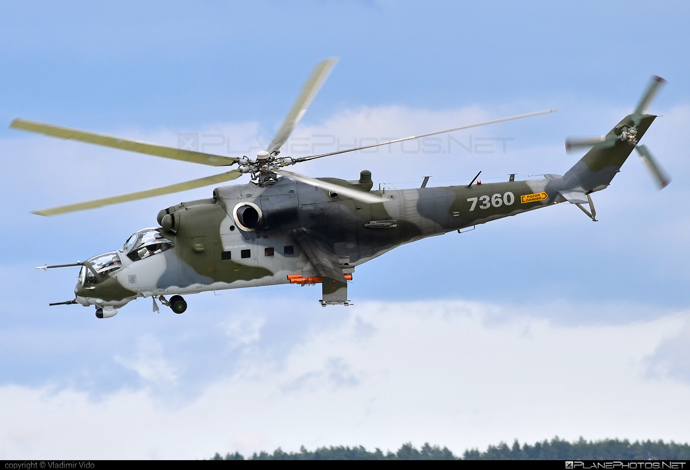Mil Mi-35 - 7360 operated by Vzdušné síly AČR (Czech Air Force) #czechairforce #mi35 #mil #milhelicopters #vzdusnesilyacr