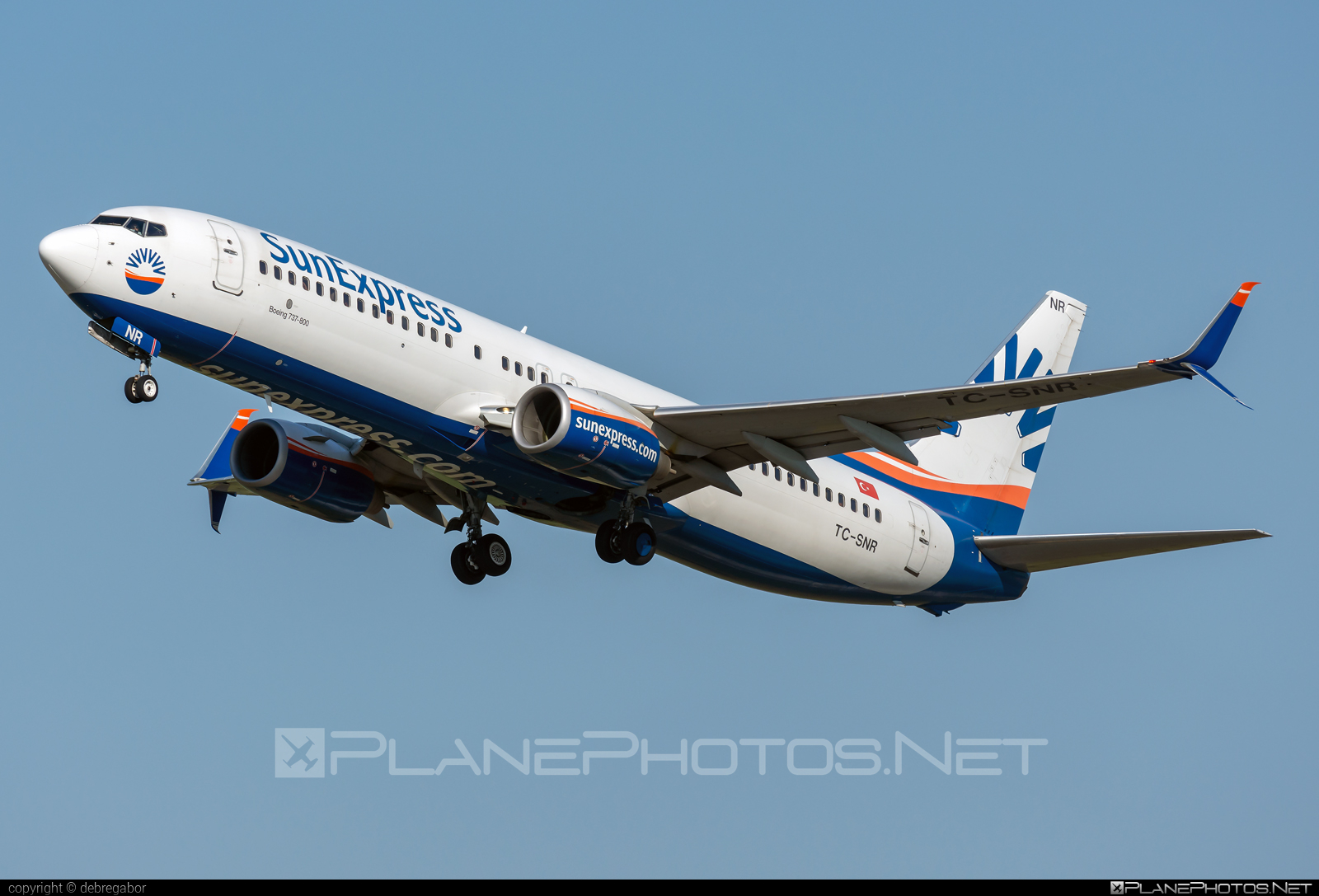 Boeing 737-800 - TC-SNR operated by SunExpress #b737 #b737nextgen #b737ng #boeing #boeing737 #sunexpress